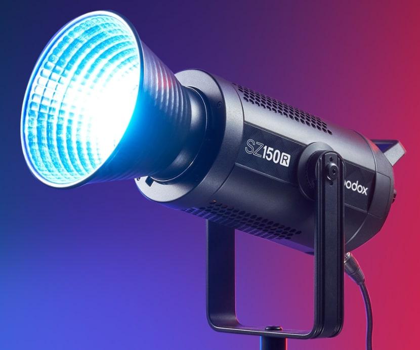 Review del Godox SZ150R Foco Led RGB
